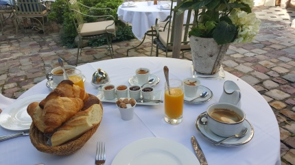 While I was Wandering: Our B&B Breakfast