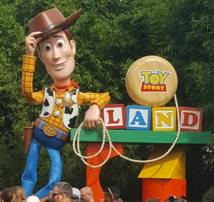 While I was Wandering: Welcome to Toy Story Land!