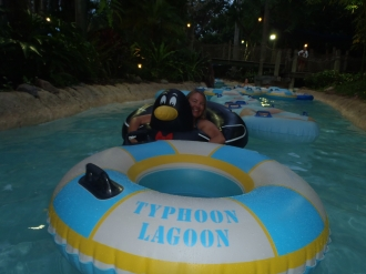 While I was Wandering: H2O Glow Night Pool Party nights at Typhoon Lagoon
