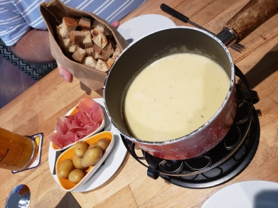 Let's Do Fondue!